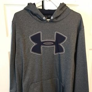 Sale ⚡️⚡️⚡️ Under Armour pullover like new